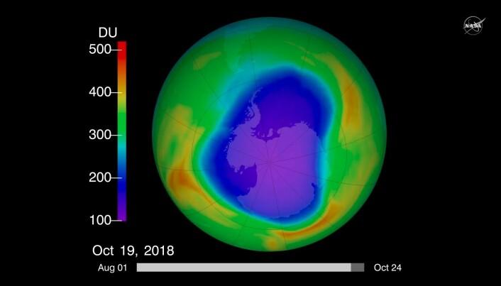 Hullet i ozonlaget over Antarktis om høsten 2018. Ozonlaget går gjennom årlige variasjoner, hvor hullet er størst om vinteren på den sørlige halvkule. (Bilde: NASA)