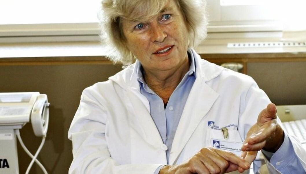 Grethe Støa Birketvedt behandlet to pasienter for fedme. Resultatene blir til to vitenskapelige artikler der det slås fast at vektnedgangen skyldtes et spesielt kosttilskudd, et opplæringsprogram og tilpasset diett. En av medforfatterne i studien var ikke klar over at kosttilskudd var gitt til pasientene.  (Foto: Aftenposten)