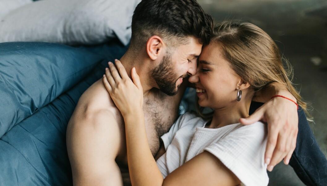 Lidenskapen i forholdet har en stor betydning for hvor ofte man har sex, sier forsker. (Foto: Dmytro Kapitonenko / Shutterstock / NTB scanpix)