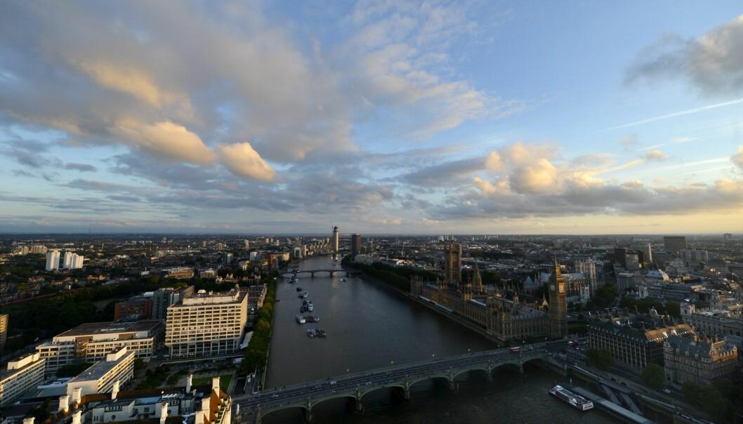 Themsen, som renner gjennom London, er en av de europeiske elvene hvor forskerne har funnet rester av antibiotika. (Foto: Vesa Moilanen, AP, NTB scanpix)