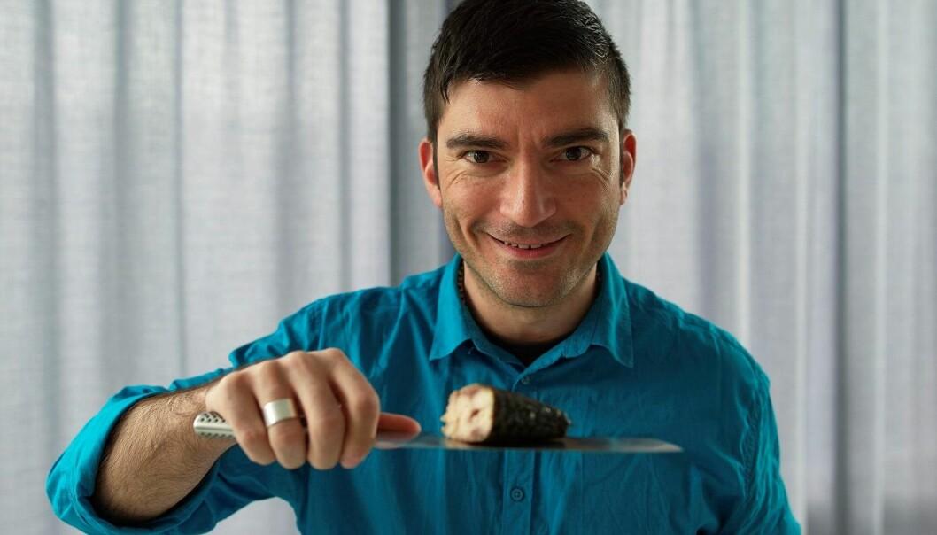 Norsk makrell er populært i Japan. Og de er nøye med makrellens farge, viser studier utført av forsker Themis Altintzoglou med kolleger. (Foto: Audun Iversen, Nofima)