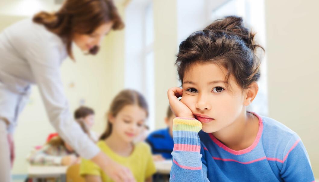 Lærerne etterlyser skolering innenfor psykisk helse både i utdanningen og på jobben. Flere er usikre på hva de konkret kan si og er bekymret for at en feil tilnærming kan forverre situasjonen for eleven. (Illustrasjonsfoto: Colourbox)