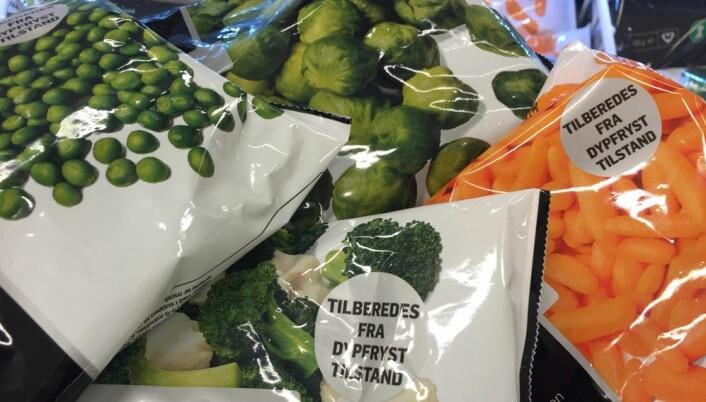 Mange vet at mat bør fryses ned raskest mulig. Det er lite kjent at mat også bør tines raskest mulig. Nå gir produsentene av frosne grønnsaker klar og tydelig beskjed utenpå pakka. (Foto: Bård Amundsen)