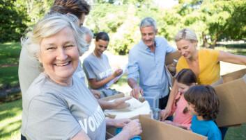 Eldre mennesker som jobber frivillig, har bedre helse enn andre eldre. (Foto: Shutterstock/NTB scanpix)