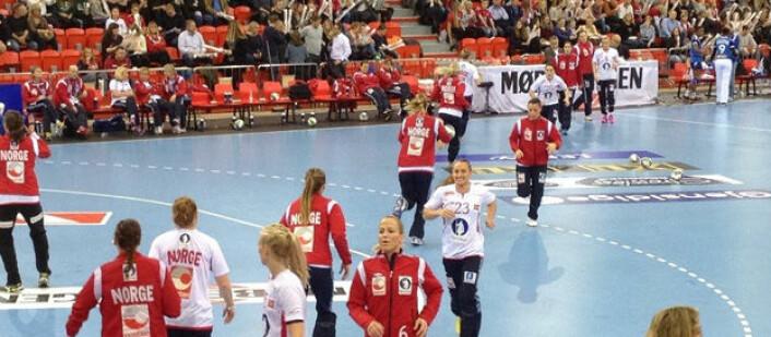 Oppvarming i Golden League i Norge. Foto: Matt Spencer