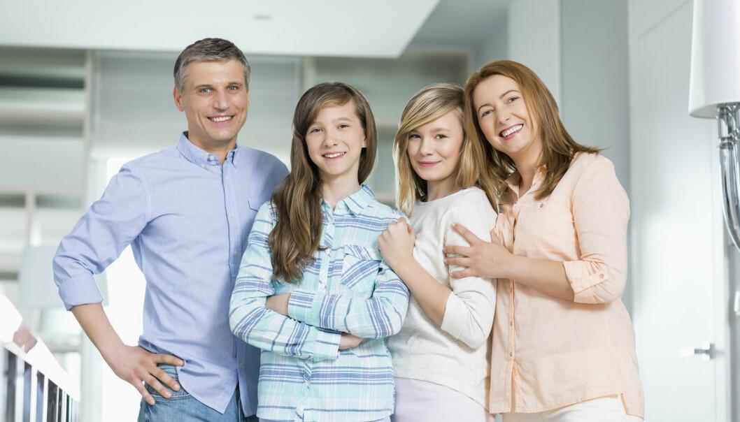 Tenåringsforeldre har i grunnen lite å bekymre seg over nå til dags. Ungdom trives bedre hjemme, har et bedre forhold til foreldrene og har aldri vært mer veltilpasset og skikkelig.  (Foto: bikeriderlondon, Shutterstock, NTB scanpix)