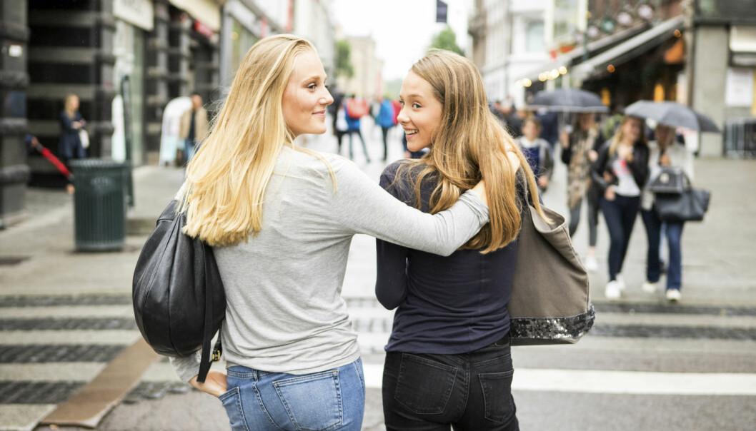 Vaksinen mot viruset som forårsaker livmorhalskreft har vist lovende effekt. I høst får seks årskull med unge kvinner tilbud om gratis HPV-vaksine. De var eldre enn 12 år da vaksinen ble innført for jenter i 7.-klasse.  (Foto: Thomas Brun/NTB Scanpix)