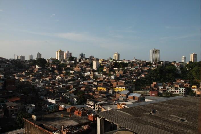 Salvador er Brasils tredje største by, med nesten tre millioner innbyggere. I de senere årene har myndighetene utbedret store områder med tanke på infrastruktur og rekreasjon. (Foto: Marit Ursin, NTNU)