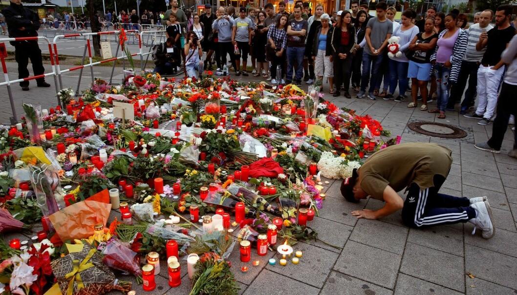 Ni ble drept i angrepet i et kjøpesenter i München 22. juli.  (Foto: Arnd Wiegmann/Reuters /NTB scanpix)