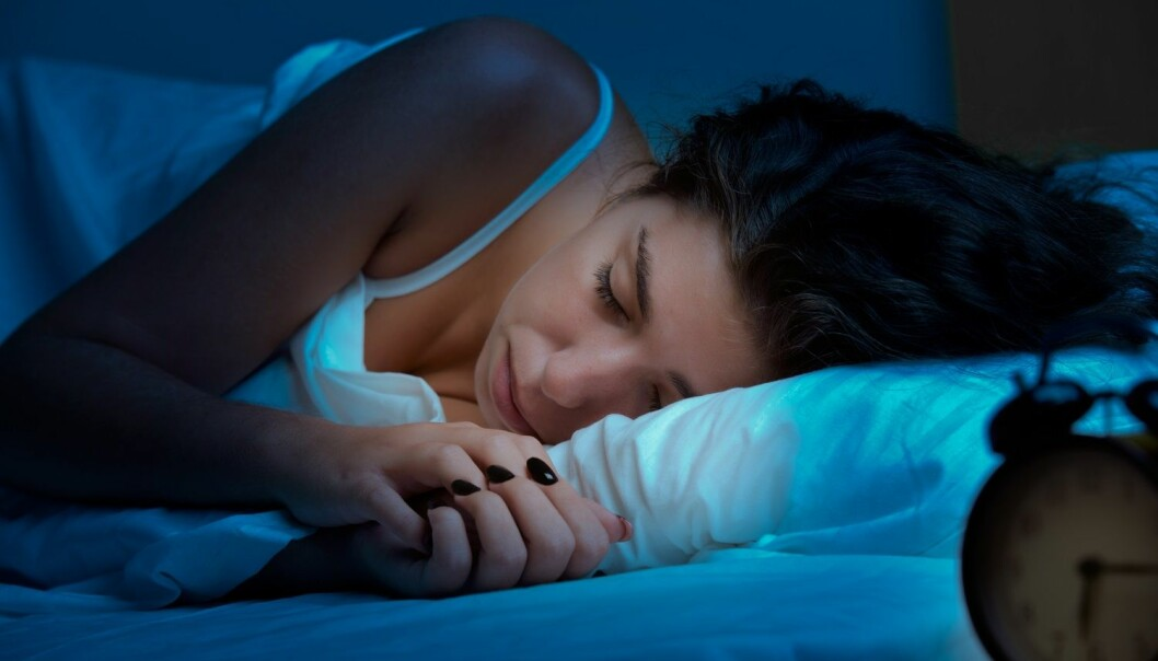 En forskning.no-leser spør om det er mer vanlig å få mareritt når vi sover på venstre side. Søvnforsker Ståle Pallesen forteller at det kan stemme. (Foto: Shutterstock /NTB Scanpix)