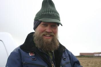 Jordkartlegger og jordborkamerat, Øivind Hammer. (Foto: NIBIO)
