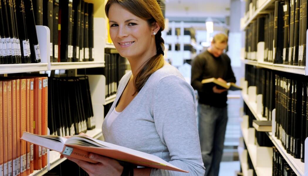Andelen av kvinner med master- og doktorgrad som høyeste fullførte utdanningsnivå har økt raskere enn menn de siste ti årene. (Foto: Frank May, NTB scanpix)