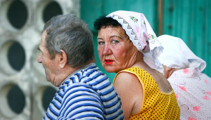 I Russland ble pensjonsalderen for kvinner nylig hevet fra 55 til 60 år. Reformen har skapt raseri. President Vladimir Putins popularitet har sunket til et rekordlavt nivå. Mange godt voksne russiske kvinner forventes å ta ansvar for både aldrende foreldre og barnebarn. (Mariya Chechulina / Shutterstock / NTB scanpix)
