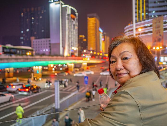 I Kina håper folk på en god alderdom, akkurat som andre steder. Levealderen i verden har siden 1940, for hvert tiår som har gått, økt med hele tre år. Denne økningen fortsetter. Befolkningsveksten i verden skyldes nå mest at folk blir eldre, ikke at det fødes flere barn. Over hele verden tilbringer folk stadig flere leveår som pensjonister. (Foto: Sumeth anu / Shutterstock / NTB scanpix)