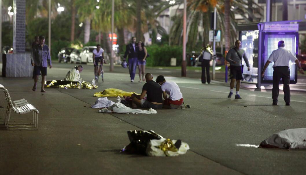 Inntrykkene i media fra terrorangrepet i Nice er mange og sterke.  (Foto: Eric Gaillard, Reuters, NTB scanpix)
