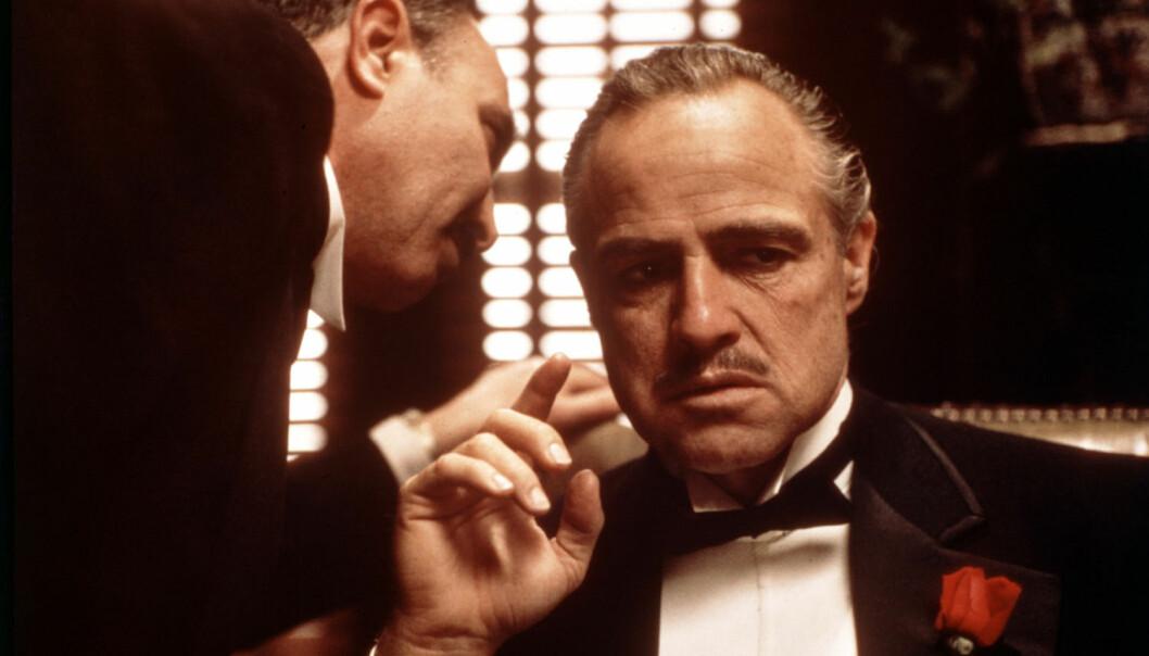 Mange av oss kjenner den italienske mafiaen best gjennom filmer som Gudfaren. For italienerne er mafiaen høyst virkelig, og de klamrer seg til makten. (Foto: Mary Evans Picture, NTB scanpix)