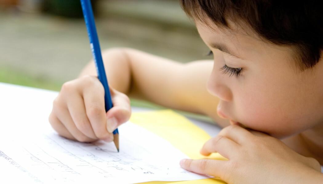 Professor mener vi trenger mer forskning før vi innfører fleksibel skolestart. (Illustrasjonsfoto: Juriah Mosin / Shutterstock / NTB scanpix)
