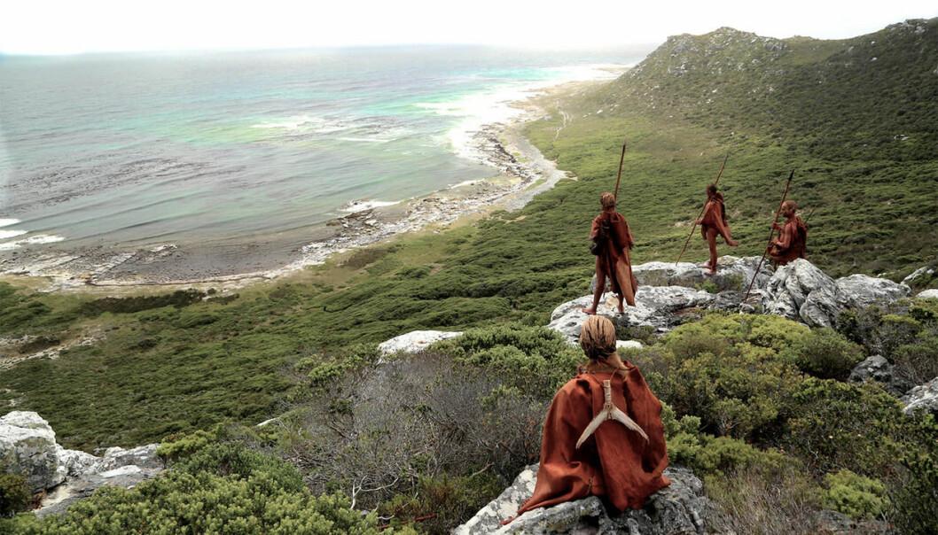 Hulen ligger midt i det spektakulære klippelandskapet i Still Bay utenfor Cape Town, 100 meter fra kysten og 35 meter over havet. (Illustrasjon: Craig Foster)