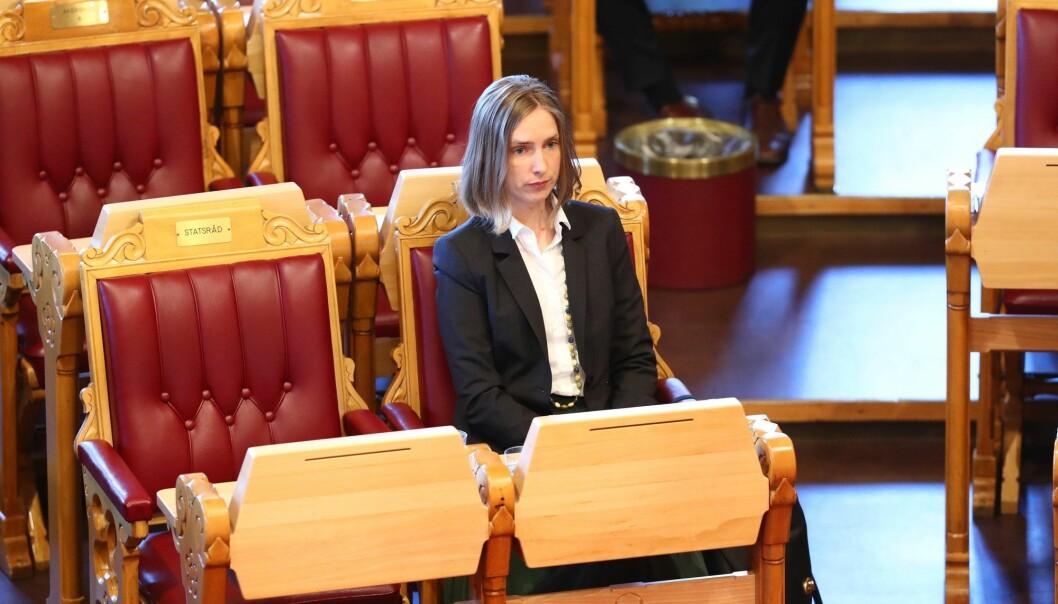 Iselin Nybø sier det ikke er aktuelt med noen omkamp om Nesna og Sandnessjøen. Hun vil respektere universitetsstyrets beslutning. (Foto: Ryan Kelly, NTB scanpix)