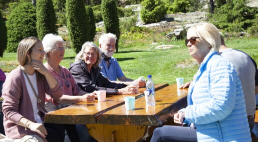 Turer, Fleksnes og frokost ute: En dag på gården gjør godt for personer med demens