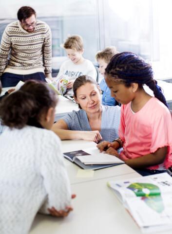 Målet med Two Teachers er å se hvordan lærerne bør jobbe for at det å ha flere lærere kan utnyttes best mulig, og gi best mulig læringsutbytte for elevene. (Foto: UiS)