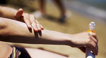 Er det sant at solkremen må kastes etter ett år?