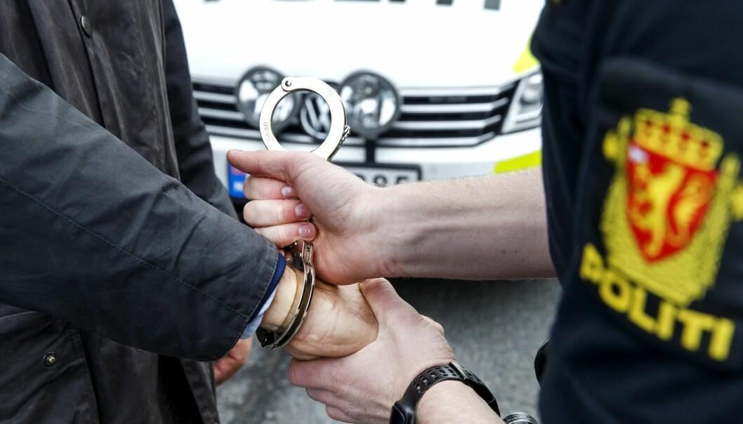 Vi må helt tilbake til 1987 for å finne færre straffedommer i Norge enn i de ferskeste tallene fra SSB. Antallet personer som ble dømt til fengsel gikk fra 2016 til 2017 ned med hele 13 prosent. (Illustrasjonsfoto: Gorm Kallestad, NTB scanpix)