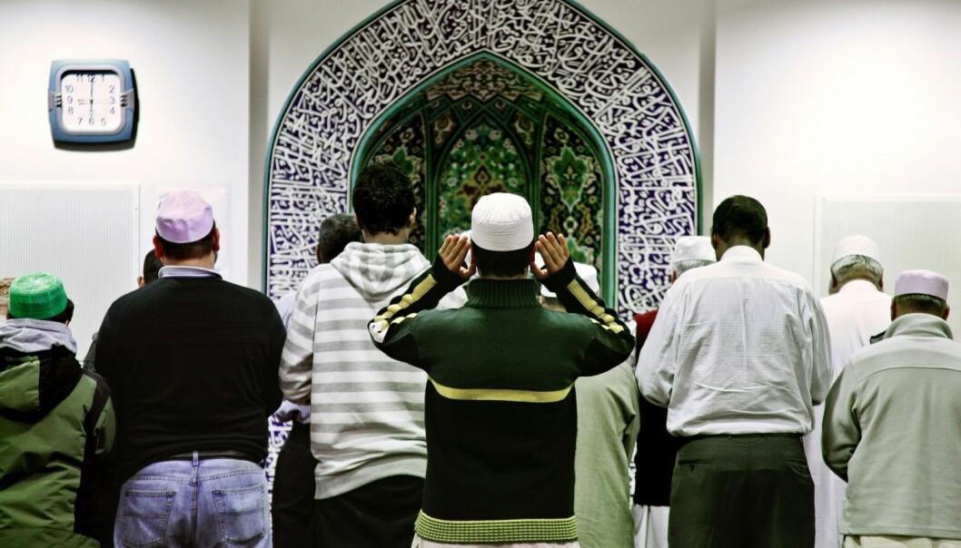 Statsstøtten til muslimske trossamfunn står i fare dersom forslaget om å trekke støtte etter skjønn blir stående. Her fra Norges største moské, Central Jamaat-e Ahl-E Sunnat i Oslo. (Foto: Carl Martin Nordby / Aftenposten / NTB Scanpix)