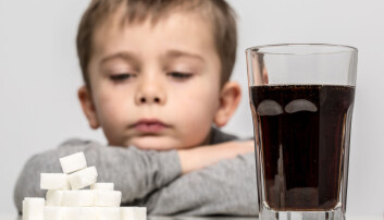 – I munnen har vi sukkerreseptorer, og det skal bare noen sukkerkorn til før de reagerer og gir belønningssystemet i hjernen et kick, sier professor Aina Ravna.  (Foto: urbans, Shutterstock, NTB scanpix)