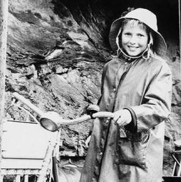 Anne-Lise Børresen-Dale vokste opp i en fiskerfamilie i Molde. (Foto: Privat)