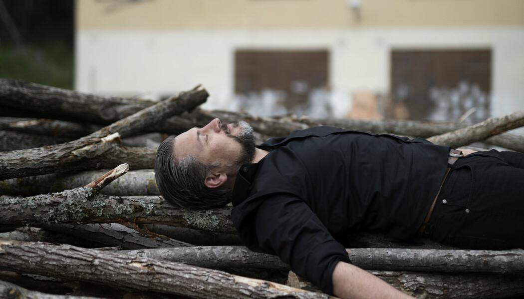 Komponist Knut Olaf Sunde er ikke redd for å ta med publikum inn i en uvant lyttesituasjon. (Foto: Siv Dolmen)