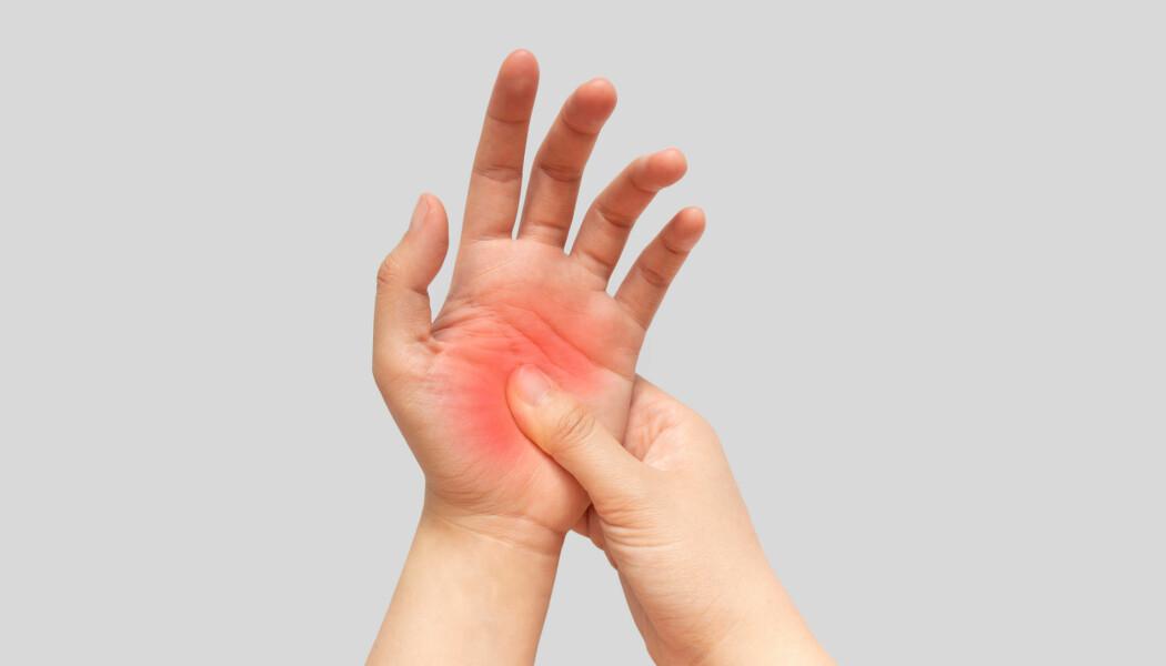 Ny kunnskap om smerte kan gi oss bedre måter å lindre vondter på. Kanskje kan vi snart borre smertefritt hos tannlegen, uten at hele kjaken må bedøves. (Foto: Orawan Pattarawimonchai/Shutterstock/NTB scanpix)