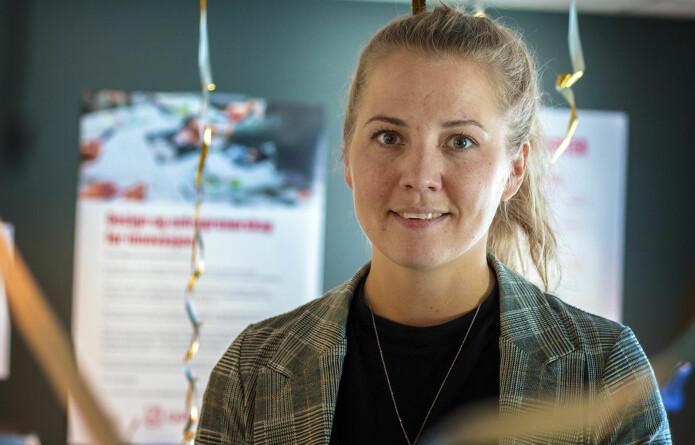 Stine Øyna disputerte for sin doktorgrad ved Handelshøyskolen ved UiA i mai. (Foto: Magnus Nødland Skogedal)