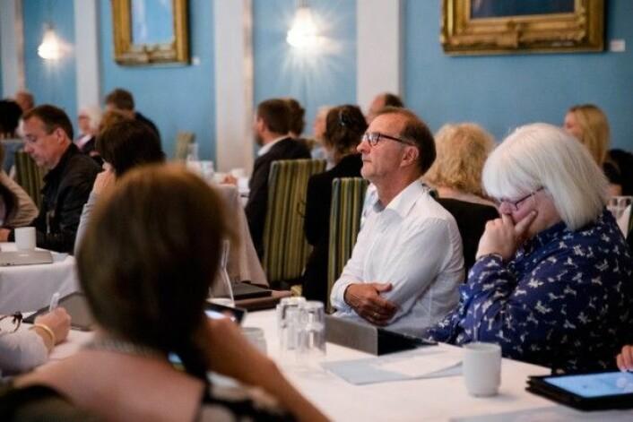 Knut Patrick Hanveik og Hilde Hærnes på konferanse om den nye lærerutdanningen fredag 17. juni. (Foto: Henriette Dæhli)