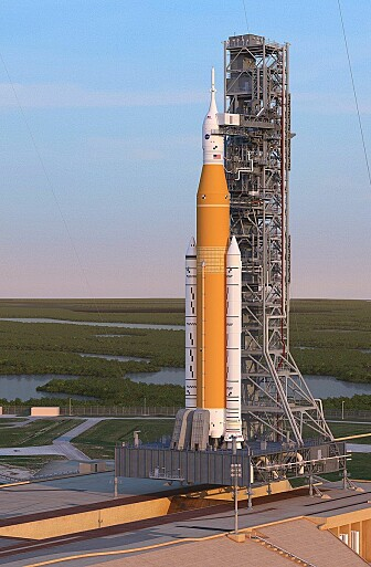 Slik ser NASA for seg at SLS vil se ut når den er klar for oppskytning. (Grafikk: NASA)