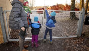Til høsten begynner mange smårollinger i barnehagen. Foreldrene bør forberede barnet på det som skal skje, ifølge barnehageforsker Anne Greve ved Høgskolen i Oslo og Akershus.  (Foto: Heiko Junge, NTB scanpix)