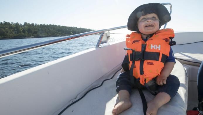 Alle nordmenn har kjernefamilier med glade barn, egen hytte og båt, kan det virke som på sosiale medier. (Foto: Terje Pedersen / NTB scanpix)