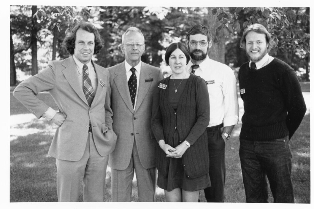 Deler av teamet bak «The Limits to Growth». Fra venstre: Jørgen Randers, Jay Forrester, Dana Meadows, Dennis Meadows, Bill Behrens. (Foto: privat)