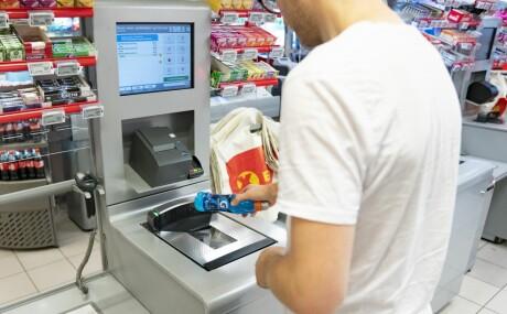 ab3e4a23 Norske dagligvarebutikker har dårligere utvalg enn de svenske