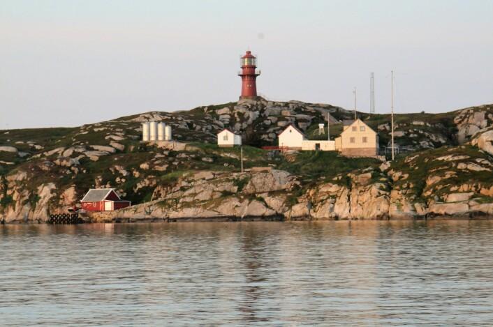 Sklinna fyr (Foto: Svein-Håkon Lorentsen)