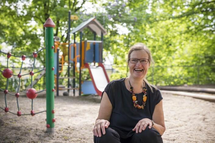 Førsteamanuensis Anne Greve ved Institutt for barnehagelærerutdanning ved HiOA forsker på lek og vennskap mellom små barn i barnehagen. (Foto: Sonja Balci)
