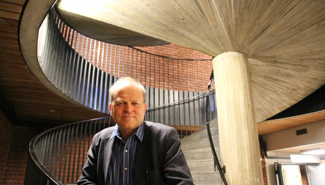 Tore Bjørgo mener håndhevingen av regelverket for personvern har blitt så strengt at forskere i praksis må overlate kunnskapsutvikling til journalister, som ikke er bundet av de samme strenge reglene.  (Foto: Elin Fugelsnes