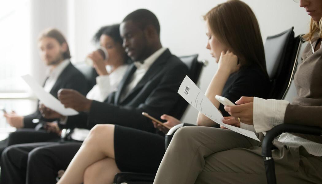 For å måle omfanget av diskriminering i arbeidslivet, er en vanlig metode å sende ut falske søknader for å se hvem som blir innkalt til intervju. (Foto: fizkes / Shutterstock / NTB scanpix)