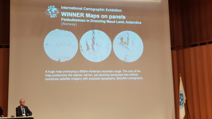 Det norske kartet ble vurdert best av bortimot 200 bidrag fra hele verden. (Foto: Norsk Polarinstitutt)