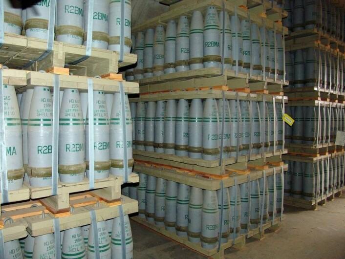 Palle på palle med stridshoder med sennepsgass som lagres i USA. Disse stridshodene skal ødelegges. (Foto: US Government)