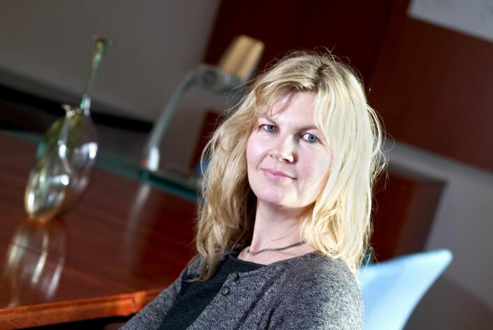 – Manglende samtykke fra de ansatte kan svekke forskningens kvalitet, mener sosiolog Mari Pettersvold. (Foto: Universitetsforlaget)