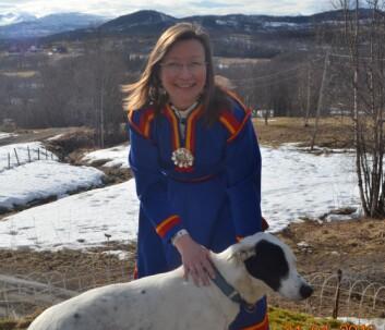 – I Norge har forskning og politikk vært drevet som om vi skulle være ett homogent samfunn, uten fokus på urfolk, sier Ann Ragnhild Broderstad ved Senter for samisk helseforskning. (Foto: Elise Marie Nilssen-Broderstad)