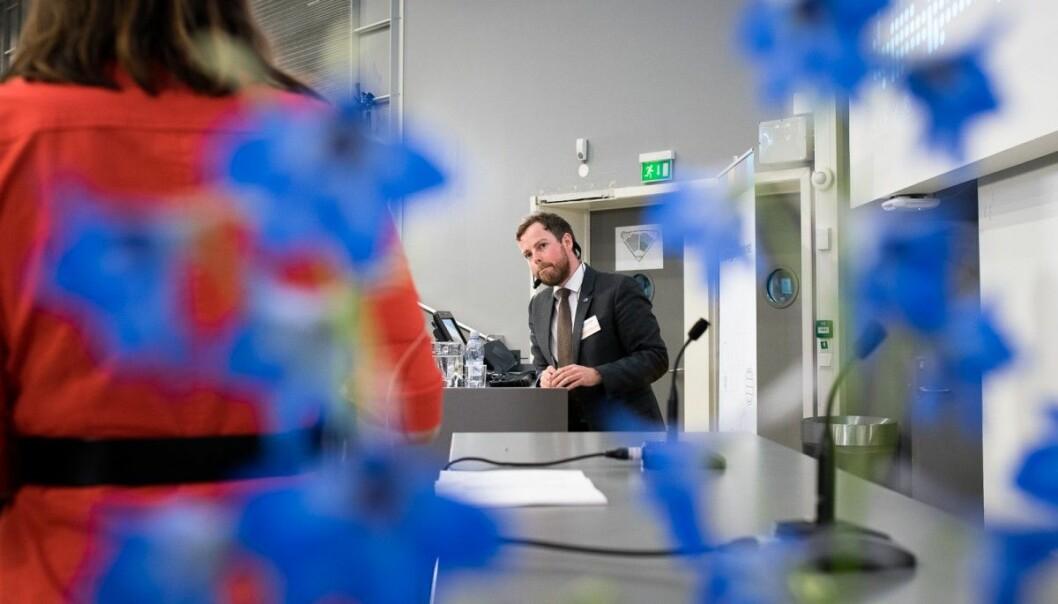Torbjørn Røe Isaksen vil se på pengestrømmen i Forskningsrådet. Marianne Aasen spør om nye forslag allerede skal komme i statsbudsjettet som blir lagt fram til høsten. (Foto: Skjalg Bøhmer Vold/Khrono)