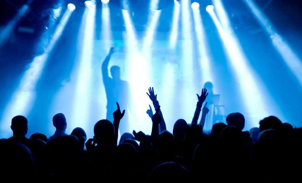De fleste av oss kjenner den euforiske følelsen som oppstår når god musikk blir levert på den riktige måten. Men for 3 til 5 prosent av befolkningen, som lider av musikalsk anhedoni, er gleden ved musikk en gåte. (Foto: dwphotos / Shutterstock / NTB scanpix)