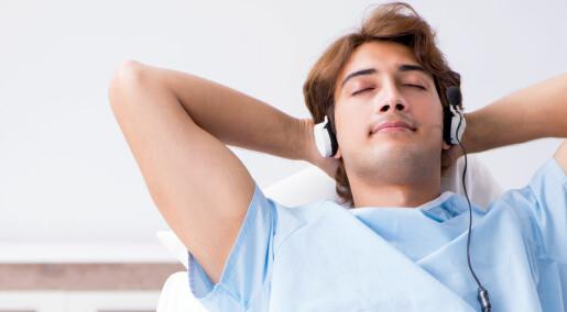 Ny studie: Musikk demper nervøsitet like godt som beroligende medisiner